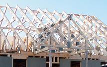 Więźba dachowa domowej roboty. Jak zbudować samemu wiązary dachowe?