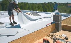 Lekki dach płaski. Jak zbudować stopodach drewniany?
