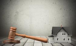 Egzekucja z nieruchomości. Na czym polega i jak przebiega?