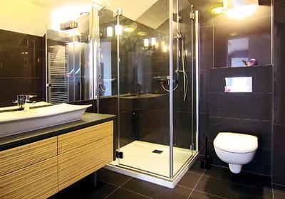 Mała łazienka. Jak ją wygodnie urządzić?