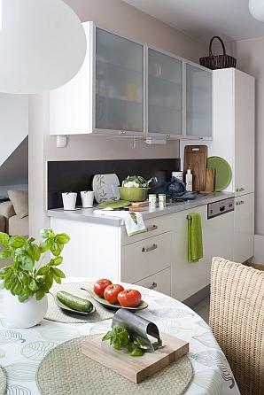 Fototapeta w kuchni - białe meble kuchenne