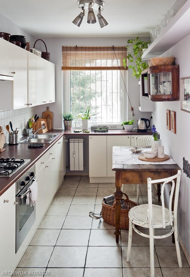 Jak urządzić małe mieszkanie dla seniora? Przemyślany projekt aranżacji wnętrz dla osoby ...
